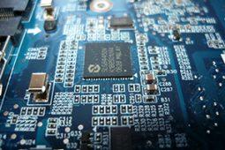 ترخیص مواد اولیه و قطعات کارخانجات تولید برق، الکترونیک و تجهیزات نیروگاهی